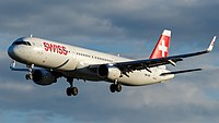 Swiss Airbus A321-212 (HB-ION) at Frankfurt Airport.jpg