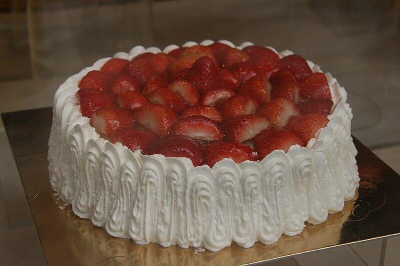 File:Tarta de Fresas - Riofrio.jpg