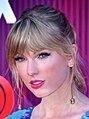 Taylor Swift 2 - 2019 by Glenn Francis (cropped 2).jpg