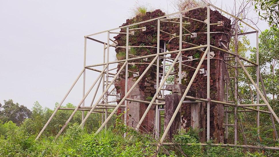 Tháp Đồng Dương 2