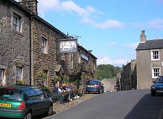 Slaidburn - Image: The 'Hark to Bounty', Slaidburn geograph.org.uk 874652