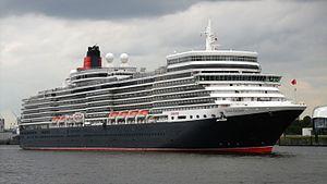 Elbe 17 - Image: The passenger ship Queen Elizabeth arriving Port of Hamburg