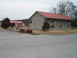 Thompsons station town hall tennessee 2010.jpg