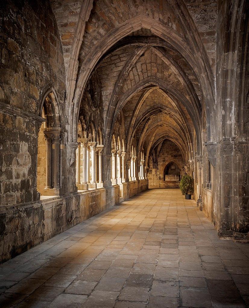 Cloître de la cathédrale Sé à Lisbonne - Photo de Andreas Manessinger