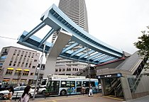 Toyosu station Yurikamome.jpg