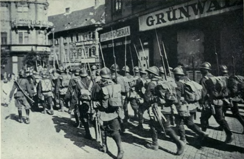 Fişier: Tropas - rumanas - ocupan -Budapesta- 1919 - outlawsdiary02tormuoft.png