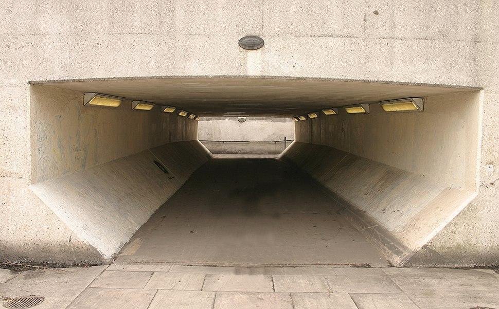 Tunnel Arancia Meccancia