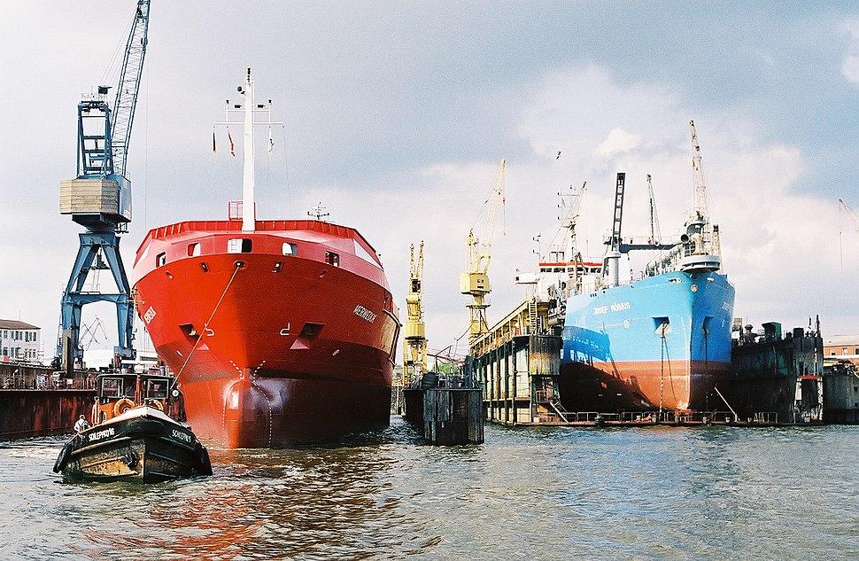 Two Ships-Hamburg