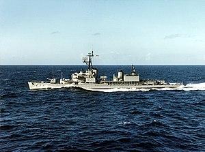 USS Rowan (DD-782) underway in early 1965.