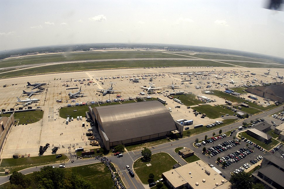US Navy 040514-N-0295M-005 An aerial view of Andrews Air Force Base flight line during the first day of the 2004 Joint Service Open House.jpg