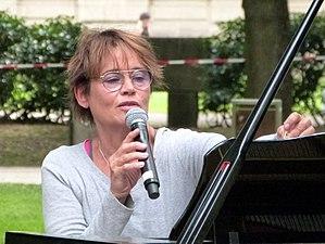 Ulrike Haage - Haage performing in Erlangen in 2016