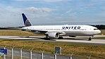 United Airlines Boeing 777-200ER (N786UA) at Frankfurt Airport.jpg