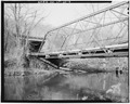 VIEW NORTHWEST, TRUSS DETAIL - Toelles Road Bridge, Spanning Quinnipiac River, Wallingford, New Haven County, CT HAER CONN,5-WALF,5-4.tif