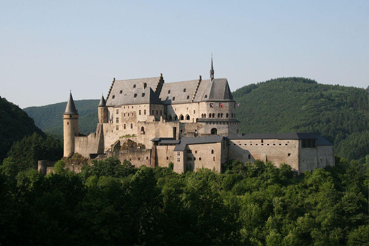 Castello di vianden wikipedia for Disegni di casa chateau francese
