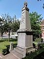 Vendegies-sur-Écaillon (Nord, Fr) monument aux morts.JPG