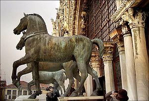 St Mark's Basilica - The replica horses