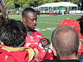 Vernon Davis at 49ers training camp 2010-08-09.JPG