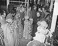 Vertrek Koninklijk echtpaar naar de West, Bestanddeelnr 907-3862.jpg