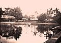 Vijver in de poeri van Tjakra Negara.jpg