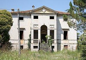 Villa Forni Cerato - Front facade of villa