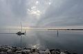Villaggio del Pescatore Segelboot am Weg in den Hafen 02112013 478.jpg