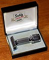 Vintage Stahly Live-Action Double Edge Safety Razor, Mechanical Vibrating Razor, Made In USA, Circa 1950s (39837047711).jpg