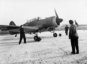 WAAF members with 289 Sqn Martinet at RAF Turnhouse c1943.jpg