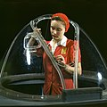 WRM Aviation Woman worker in the Douglas Aircraft Company plant 1942 - Produktionsarbeiterin in der Douglas Aircraft Company 1942.jpg