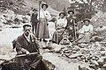 Wandergruppe im Kiental, 1912.jpg