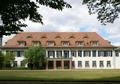 Wasserlos Schlosshof 1 (05).png