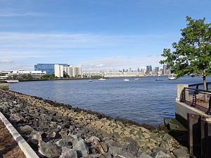 Weehawken Cove - Looking north to Lincoln Harbor