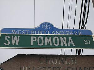 West Portland Park, Portland, Oregon - West Portland Park neighborhood street sign topper