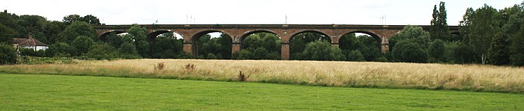 The whole viaduct, viewed from the south