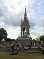 Wikimania 2014 - 0804 - Albert Memorial - Europe221381-v.jpg