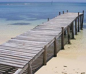 Wooden pontoon - Île aux Nattes - Madagascar - 2006.JPG