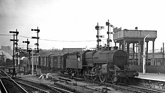 Worcester Shrub Hill railway station - Up Midland Parcels train in 1959