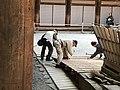 Workmen Tōdai-ji.jpg