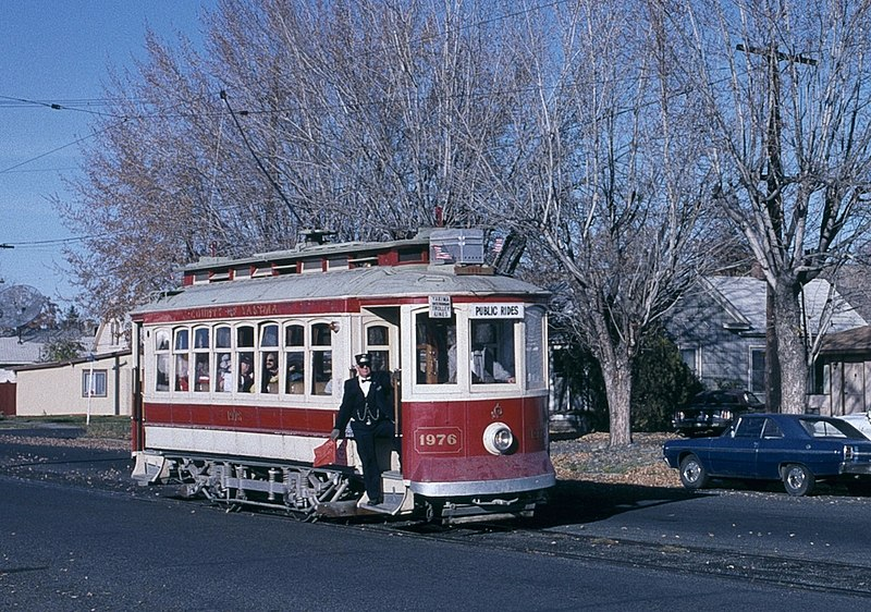 File:Yakima trolley car 1976 on 6th Ave in 1989 - cropped.jpg