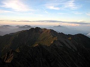 Yu Shan Summit Trek