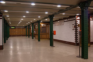 """Bajcsy–Zsilinszky út (Budapest Metro) - Image: """"Bajcsy Zsilinszky út"""" subway station in Budapest"""