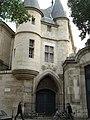 """Porte de L'Hotel D'Olivier de Clisson"" - panoramio.jpg"