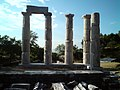 Αρχαίος ναός στην Σαμοθράκη.jpg