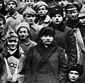 Ленин и Ворошилов среди делегатов X съезда (1921).jpg