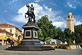 Споменик Филип II, фонтана и Саат Кула - Битола.jpg