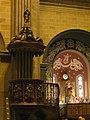 011 Església de Sant Salvador, púlpit i altar.jpg