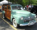 0630 1942 Ford Super Deluxe Woody Wagon (4559827026).jpg