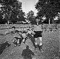 09.1962. Joueurs du Stade. Abadie et vieux supporters. (1962) - 53Fi4643.jpg