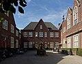 10369 achterzijde van het Voormalig raadhuis van Breda.jpg