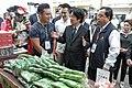 11.10 副總統參訪「農民市集」及「新埔鎮農會產業交流中心」 (50585410818).jpg