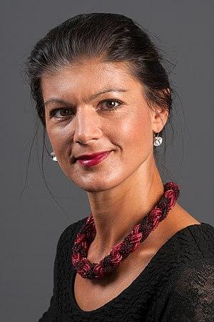 Sahra Wagenknecht - Image: 14 09 11 Sarah Wagenknecht Ralf R 008